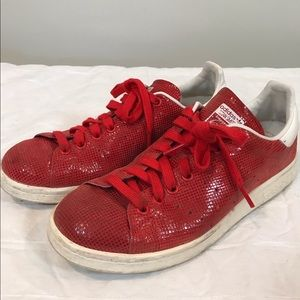 Adidas Stan Smith shiny red sneakers